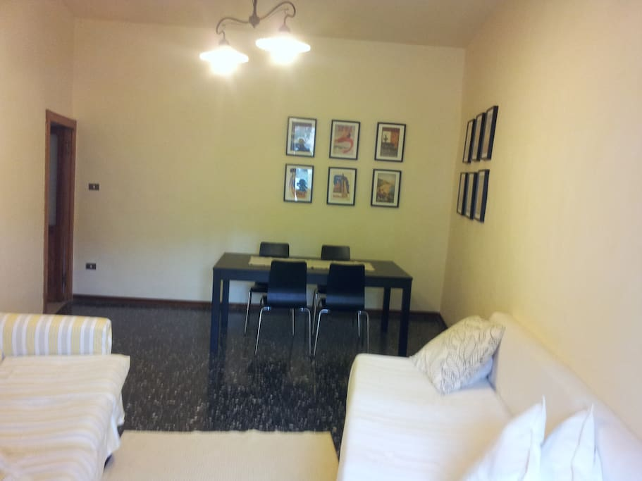Living & Dining room . Table extentable up to 8 persons. Sofa bed.