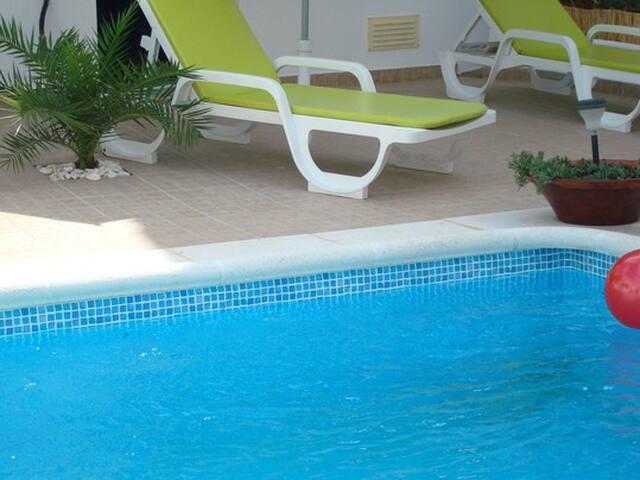Casa Claudia ( R/Ch ) - Silves - Apartamento