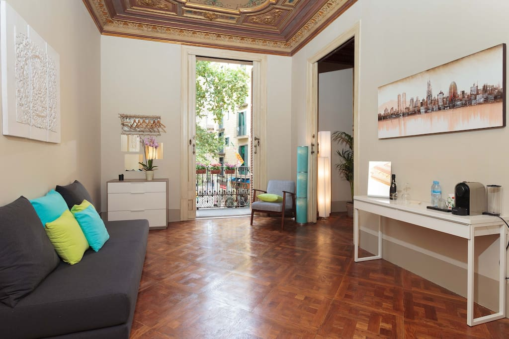 Casa del pi suite 50 m 4 persons appartamenti in for Hotel e appartamenti barcellona