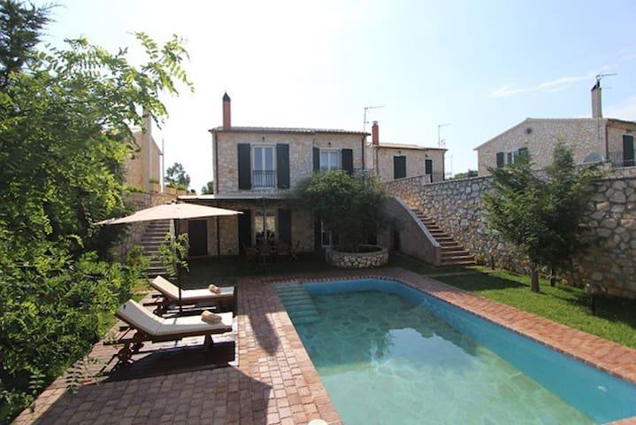 3 Bedroom Pool House in Corfu  - Πουλάδες