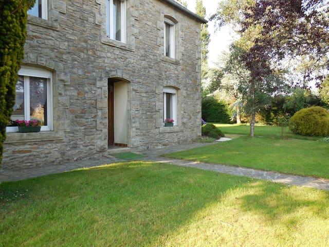 Tranquilité, loisir et découverte  - PLOURAC'H - House