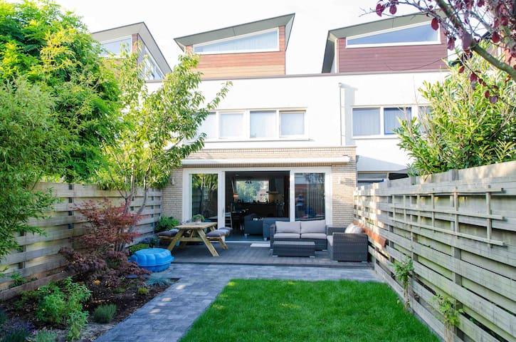 Prachtig familiehuis aan zee - Zandvoort - Casa
