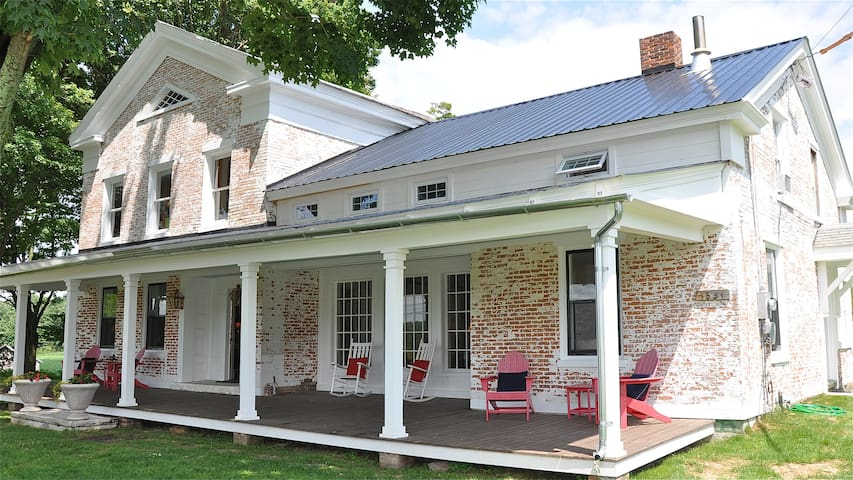 Newly Restored 1800's Farmhouse