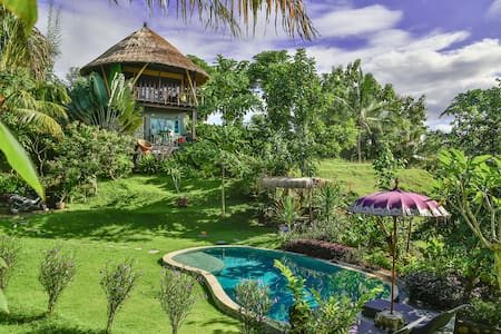BALIAN TREEHOUSE w beautiful pool - Balian Beach, Bali - Casa