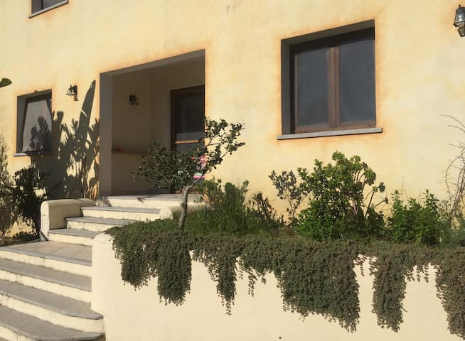 """Beautiful Apartment """"San Pantaleo - Bilo B"""" with Terrace, Mountain View, Air Conditioning & Wi-Fi; Parking Available"""