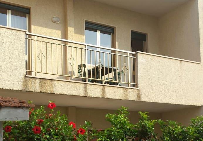 Appartamento ROSSO a 50 m dal mare San Foca - LE