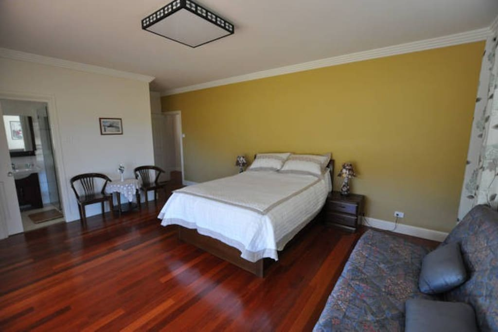 Large Comfortable bedrooms