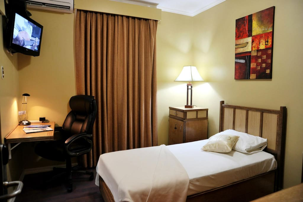 Room #7 - Dil E Nadan Den