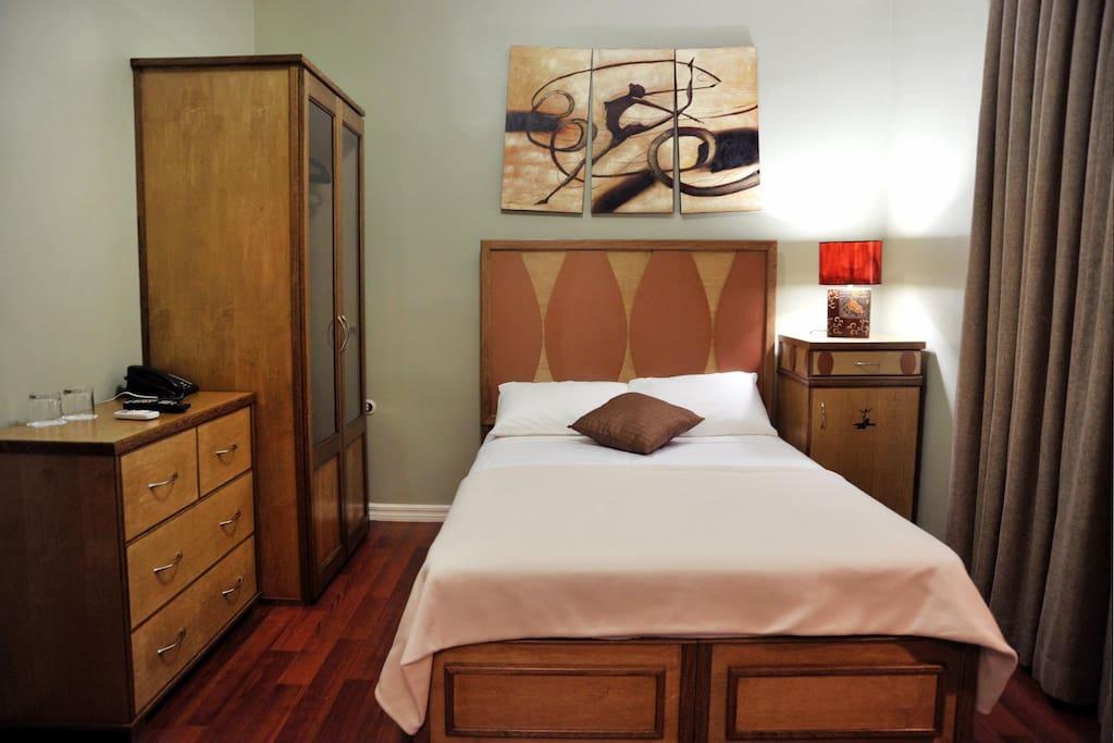 Room #8 Noble Nook