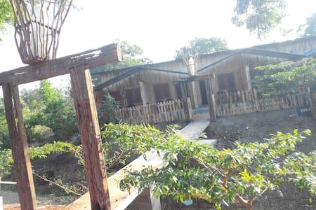 Boo Oya Nature Resort-double room - Bed & Breakfast
