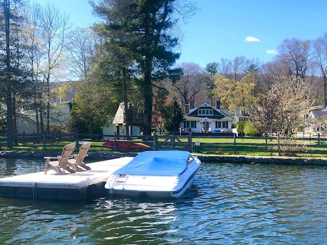 Lakefront Classic Craftsman