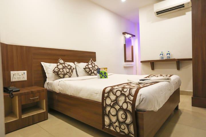 Deluxe Room near Sri Ramachandra Medical  College