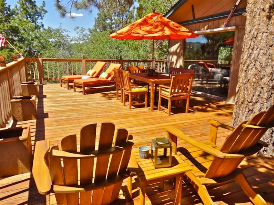 Great deck for relaxing and lounging!
