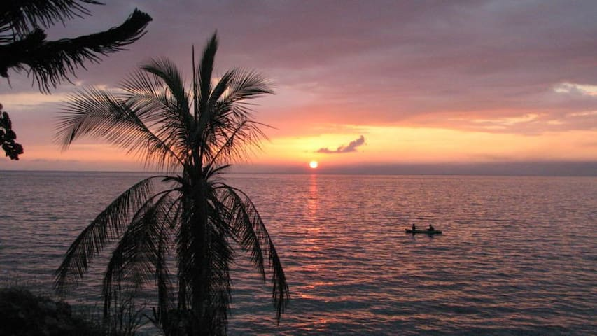 420 Sunset @ seaside villa Bluefields Bay