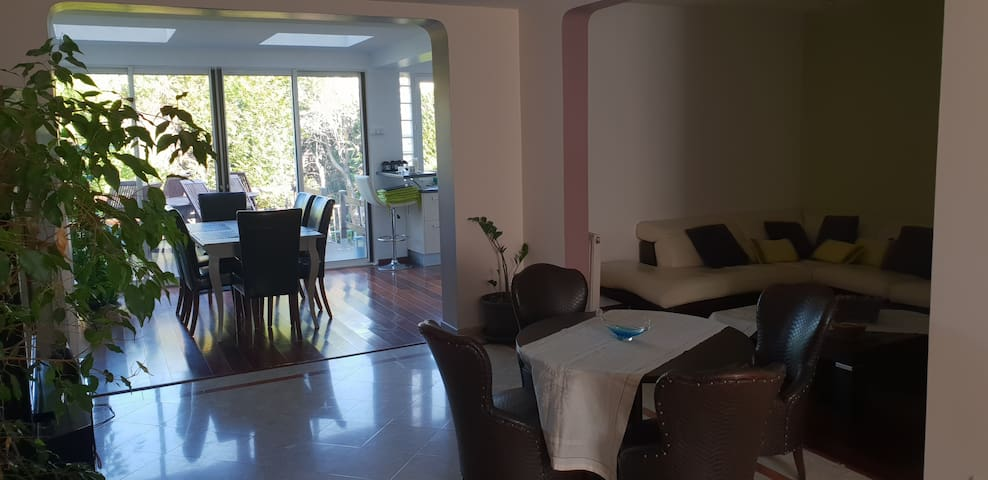 Close to Versailles - 3 rooms, 5 people max