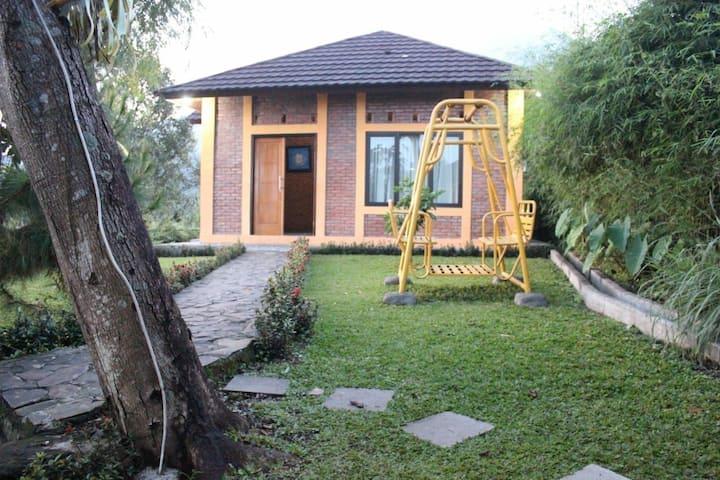 Saung orange Village