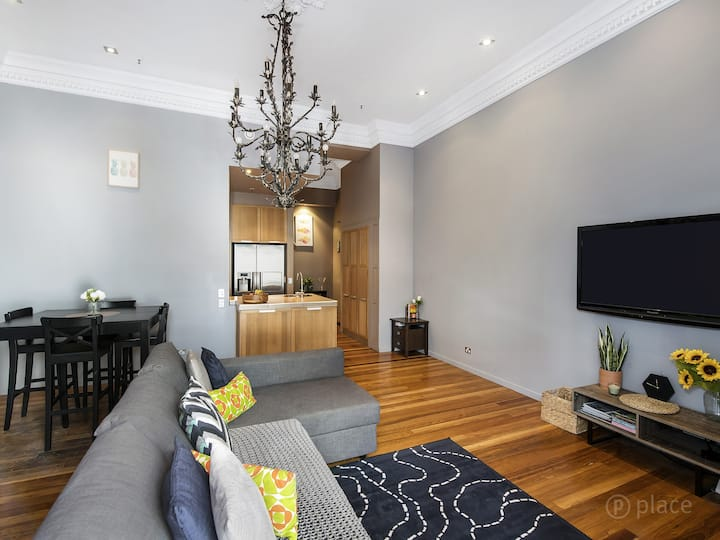 Best Location, Spacious, Comfy in Fortitude Valley