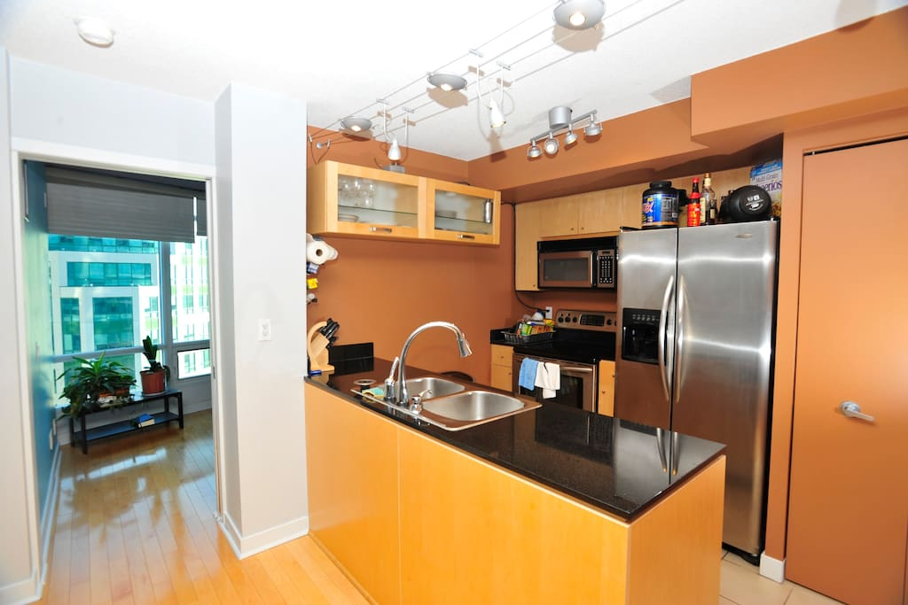 Modern and Clean Downtown Condo