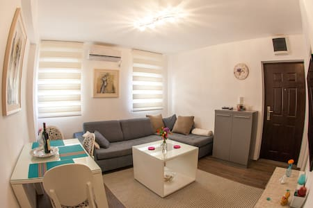 Apartment Maya in Budva centre - Budva - Daire