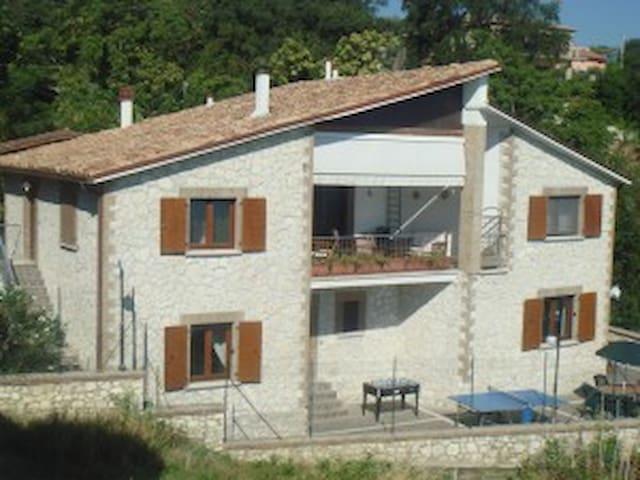 Appartamento piano inferiore in Villa sul mare - SAN VITO CHIETINO - Apartment