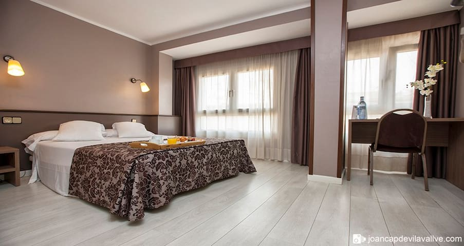 habitacion doble en hotel - Tarragona - Bed & Breakfast