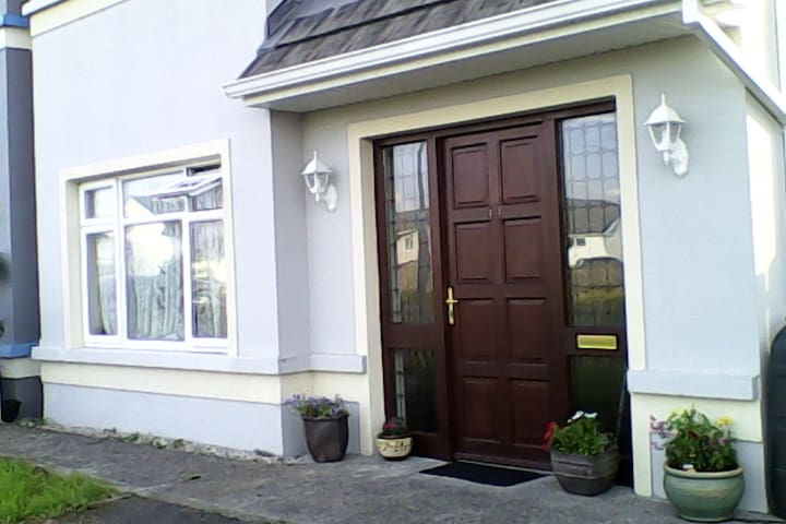3 bedroom House West of Ireland