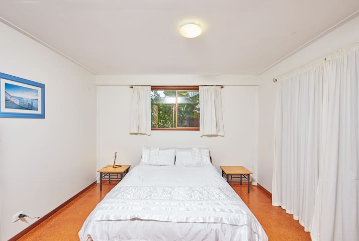 Studio @ Raja Beach House- serenity plus Byron Bay - Suffolk Park - Byt