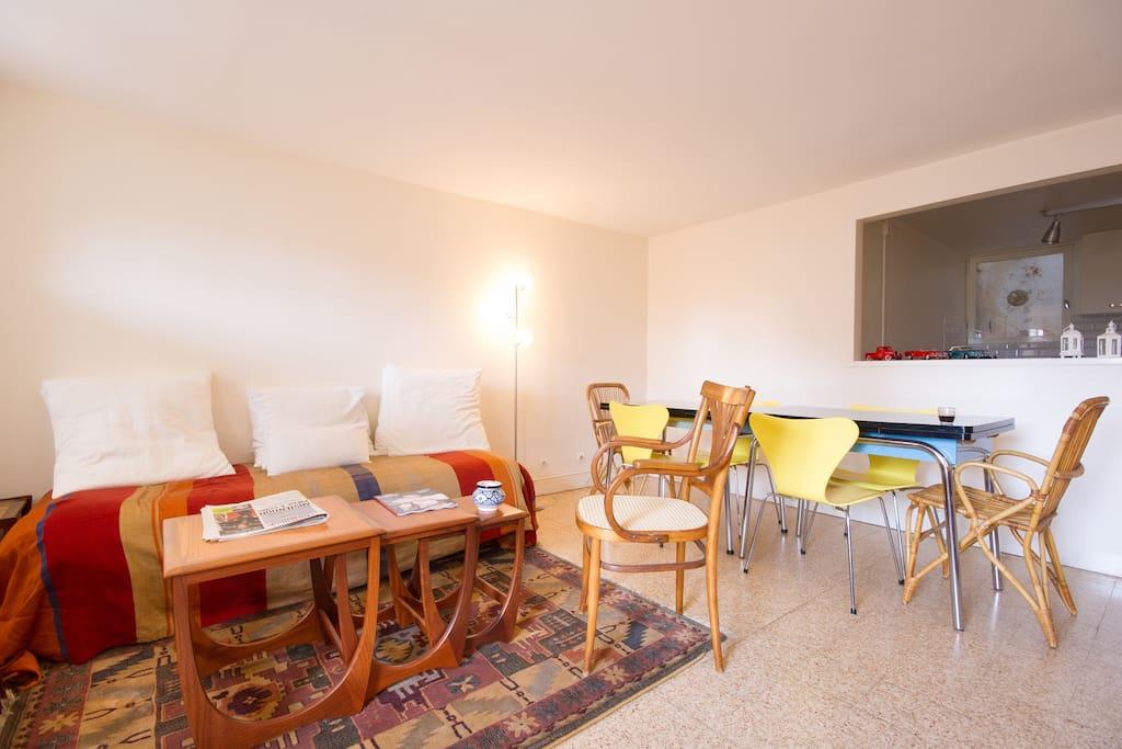 appartement avec terrasse trouville appartements louer trouville sur mer basse normandie. Black Bedroom Furniture Sets. Home Design Ideas