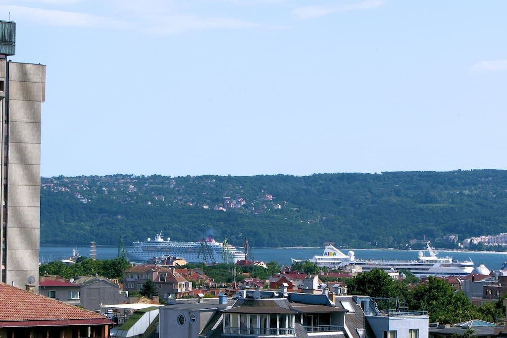 Cruise ships viewed from the balcony - zoomed