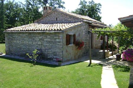 Stone built holiday house - Bazgalji - Rumah