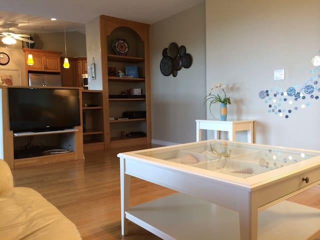 Lemon Bay Luxury 5 BR Villa with Pool&Tennis Court - Englewood - Villa