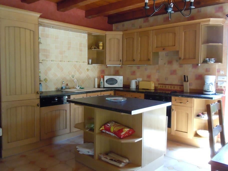 Coté Muriers - Kitchen