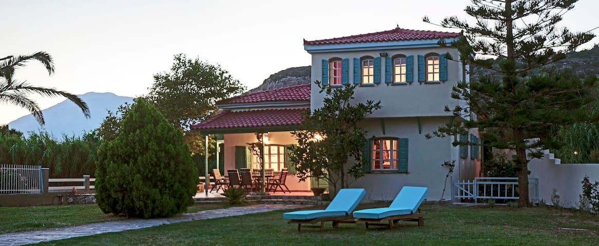 Aeolos villa - Ormos Koumeikon - 別荘