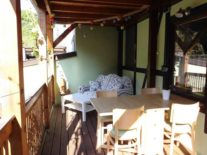 Ferienwohnung mit Balkon , Blick ins Grüne