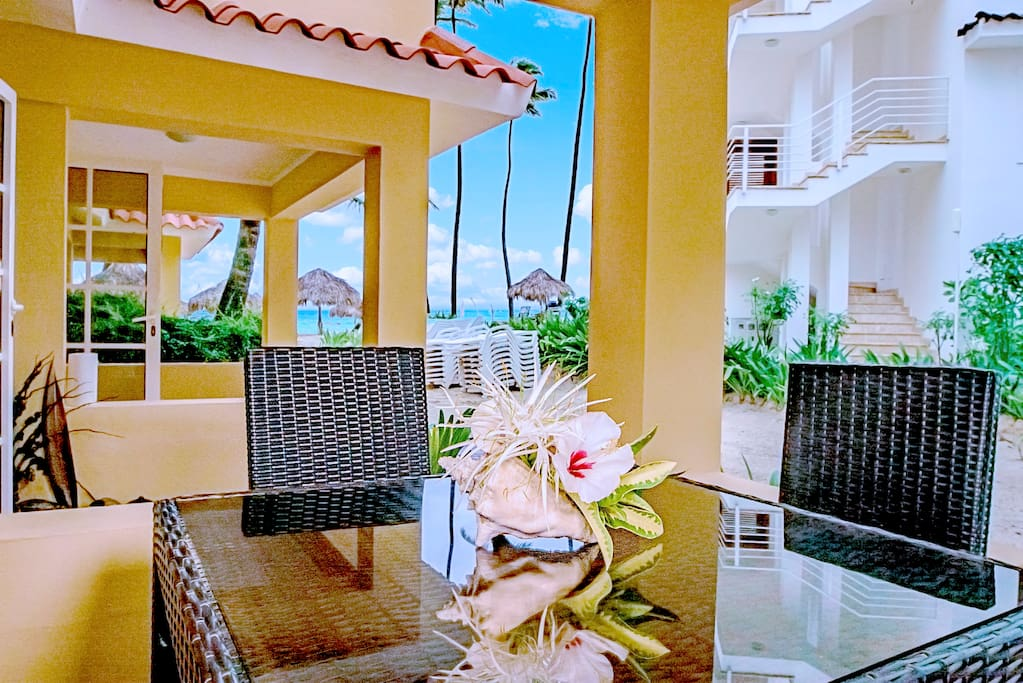 Enjoy your time in your new beautiful condo directly on the beach. You can enjoy this amazing ocean view directly from the terrace