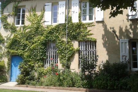 la tuilerie - Saint-Barthélemy-de-Vals