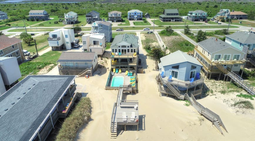 Direct Oceanfront Home With Pool & Hottub