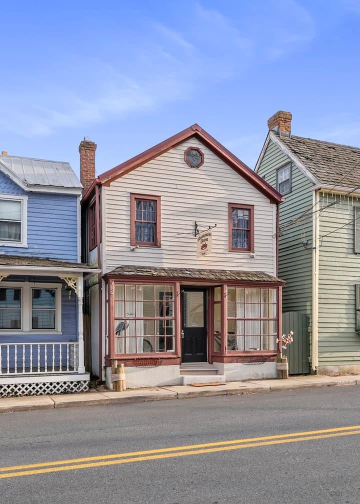 Chesapeake Charm in Historic Chesapeake City, MD