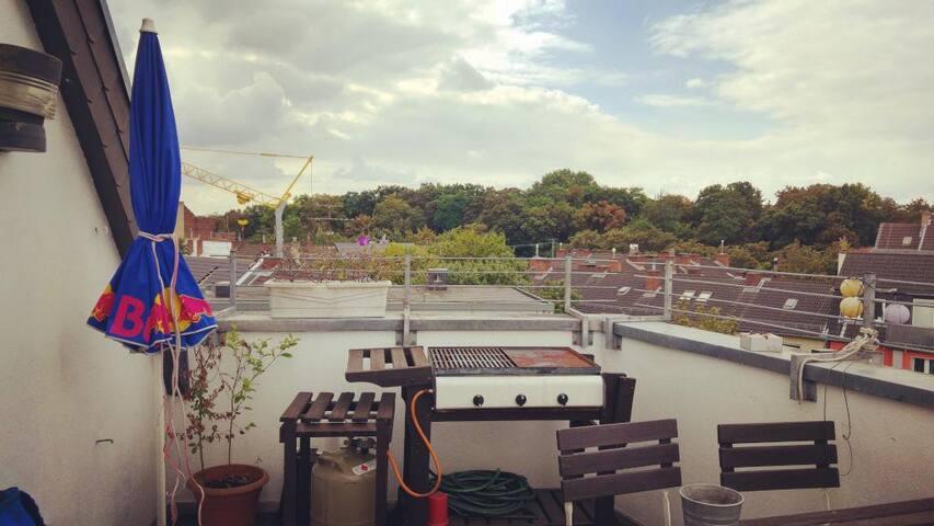 Zimmer in großer Rooftop WG mit Dachterrasse