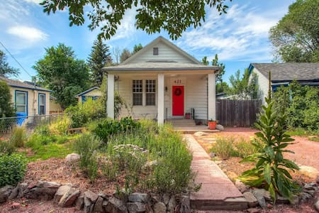 Cozy Cottage in the Heart of Colorado Springs - Colorado Springs - Hús