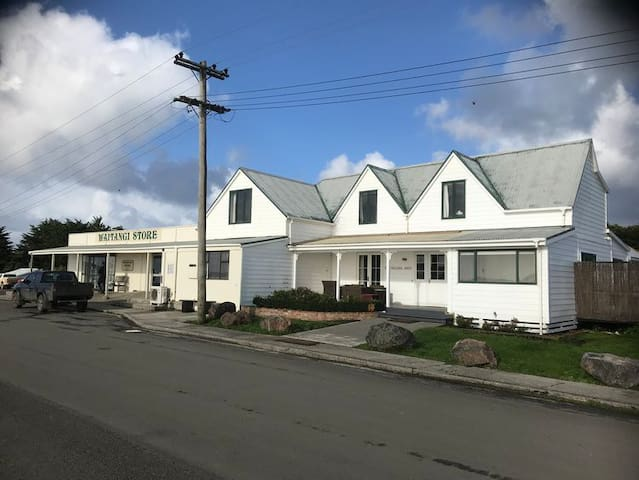 Travellersrest, Chatham Islands