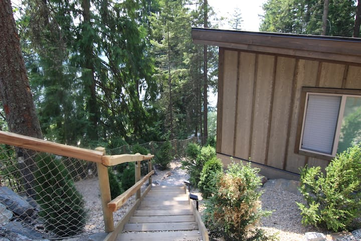Cabins 1 called Bayview at Blind Bay Hideaway