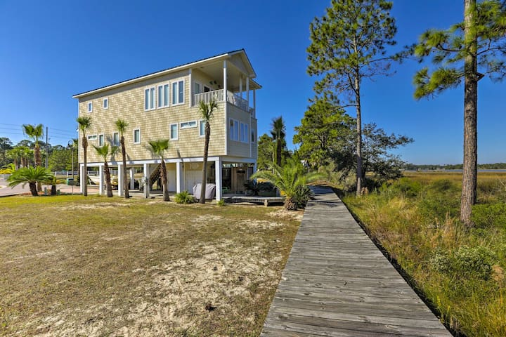 NEW! Riverfront 3BR Carrabelle Home w/Private Dock