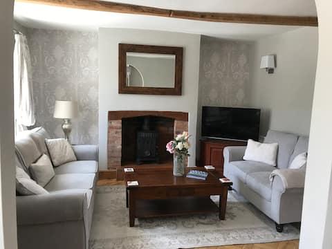 Kenilworth cottage.....gerenoveerd klasse II vermeld