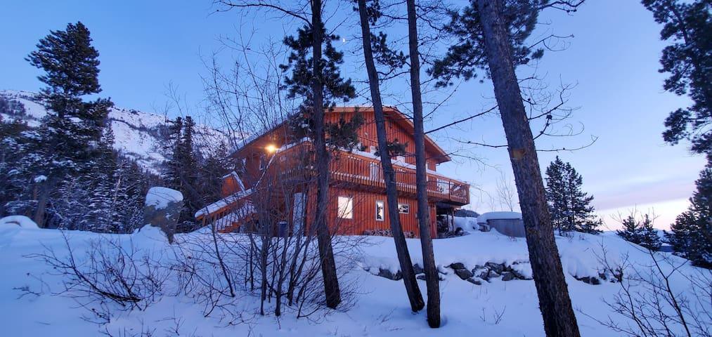 Monarch Mountain Villa Private Room C
