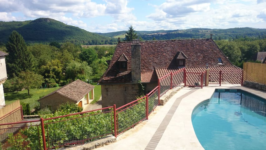 Authentic water-mill charm & quiet - Sarlat-la-Canéda - Hus