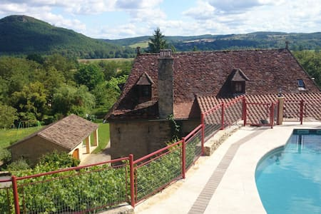 Authentic water-mill charm & quiet - Sarlat-la-Canéda - House
