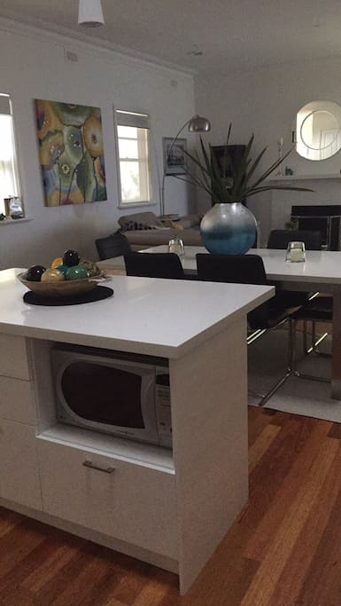 Kitchen Island Bench, Dining and Lounge