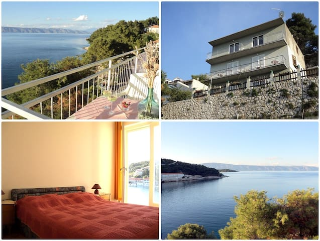 Apartment with Sea View Jelsa
