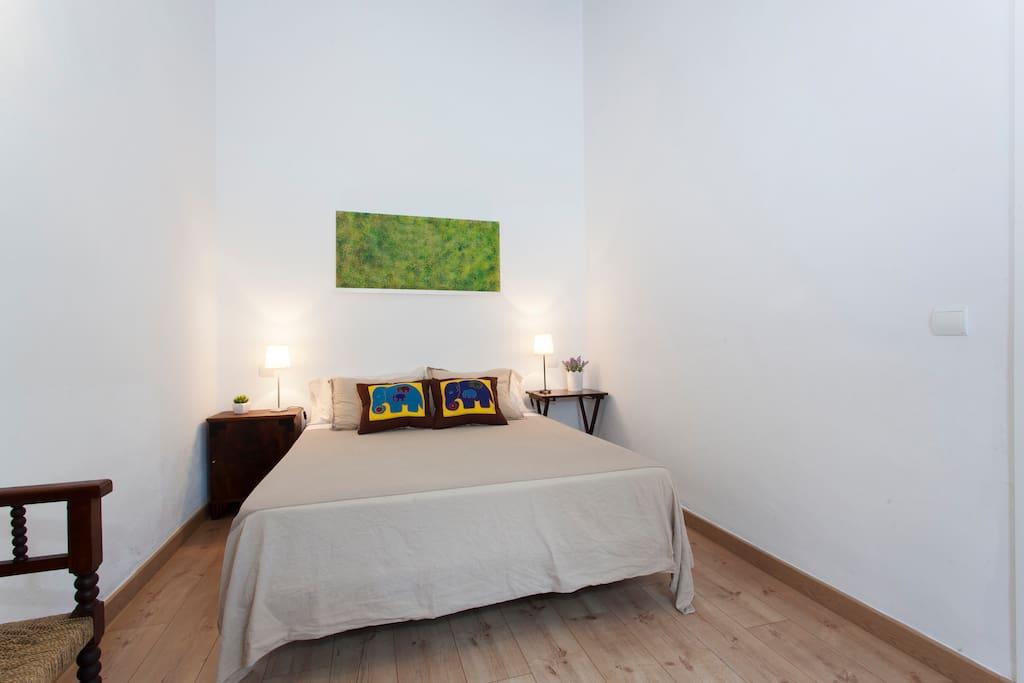 Bedroom - habitación doble con cama de 1,50